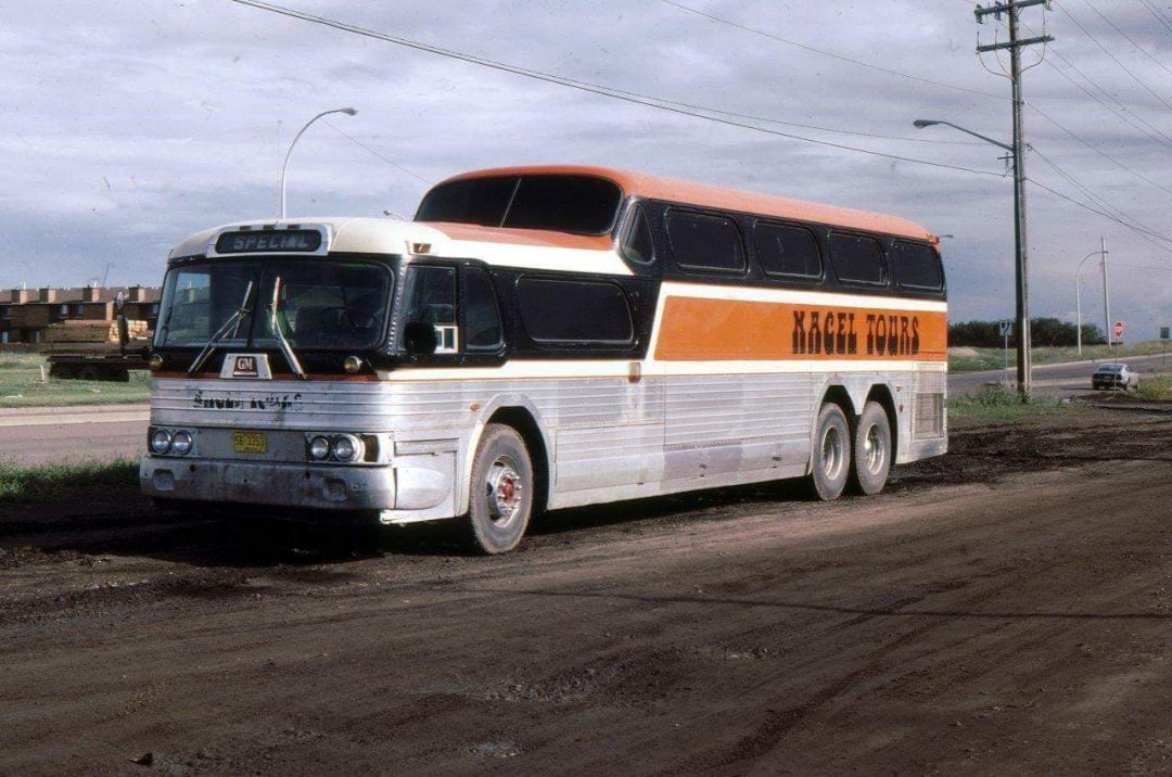 Classic GM Scenicruiser coach Nagel Coaches